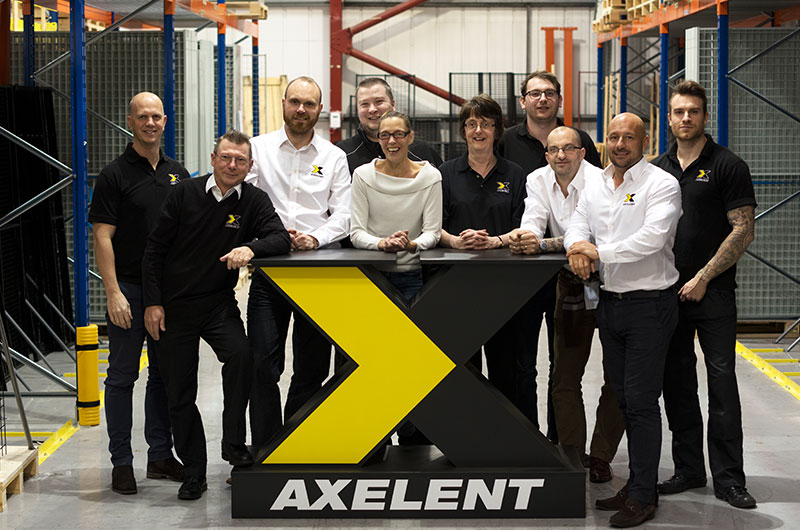 Axelent-Ltd-team.jpg)